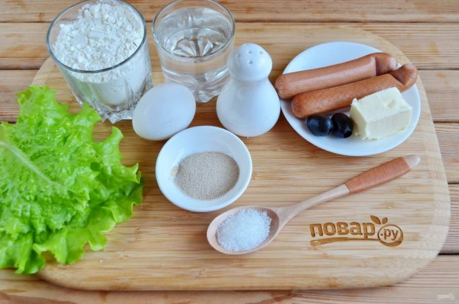 Подготовьте продукты. Сначала сделаем тесто.