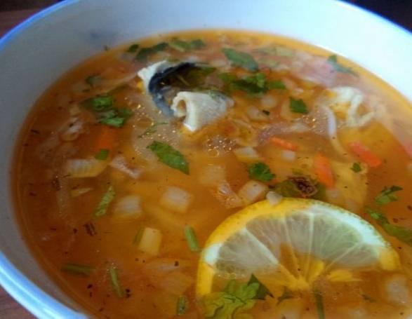 4. Под крышкой суп должен настояться 5-10 минут. Но вкуснее всего он на второй день после готовки. Приятного аппетита!
