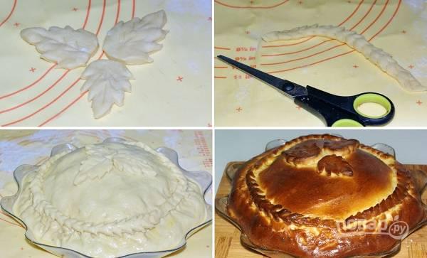 6. Из остатков теста можно сделать вот такие украшения. Приклейте их сверху. Смажьте пирог взбитым яйцом и отправьте в разогретую до 180 градусов духовку. Запекайте около 40 минут до румяности и после смажьте растопленным сливочным маслом. Приятного аппетита!