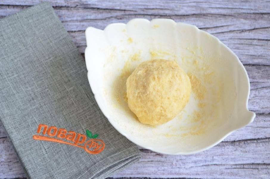 7. Поместите тесто в пакет и оставьте на 10 минут.