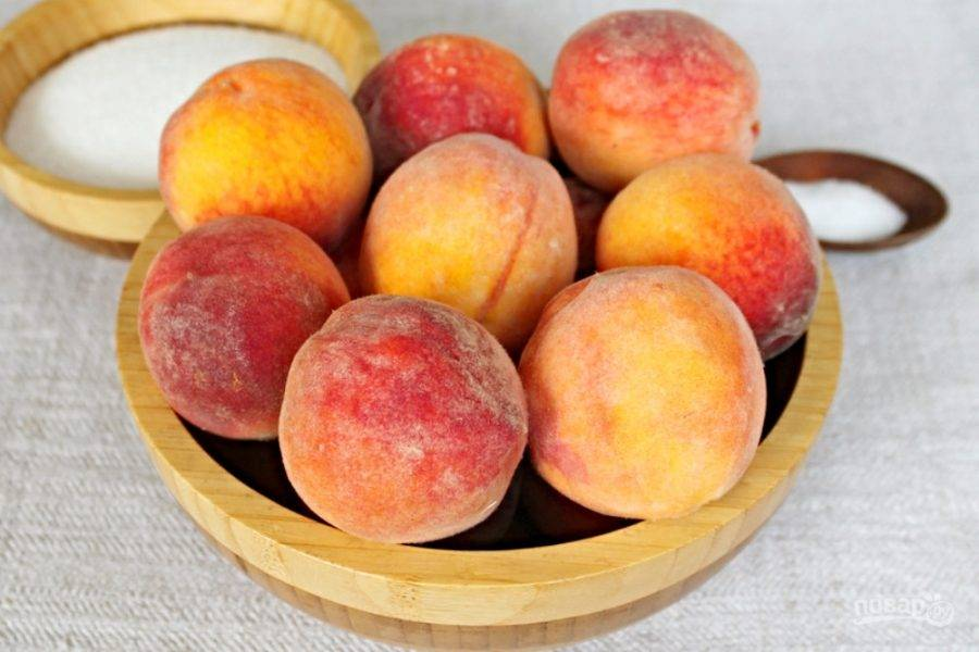 Подготовим персики, сахар и лимонную кислоту.