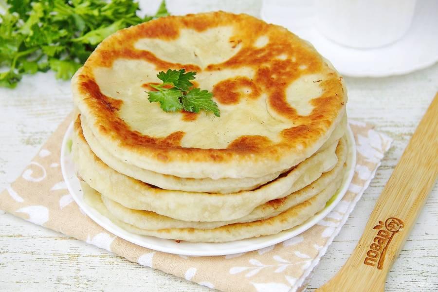 Лепешки с сыром сулугуни