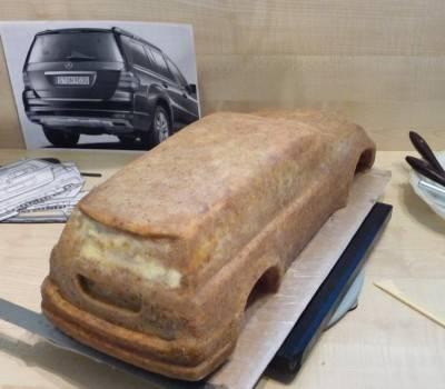 4. Когда основа готова, торт необходимо отправить в холодильник, чтобы он хорошо застыл.