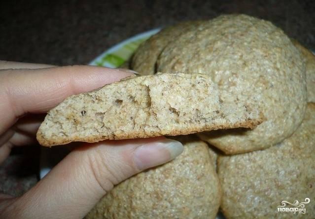 5. Печенье во время запекания немного увеличиться в объеме. Запекается около 15 минут при температуре 180 градусов.
