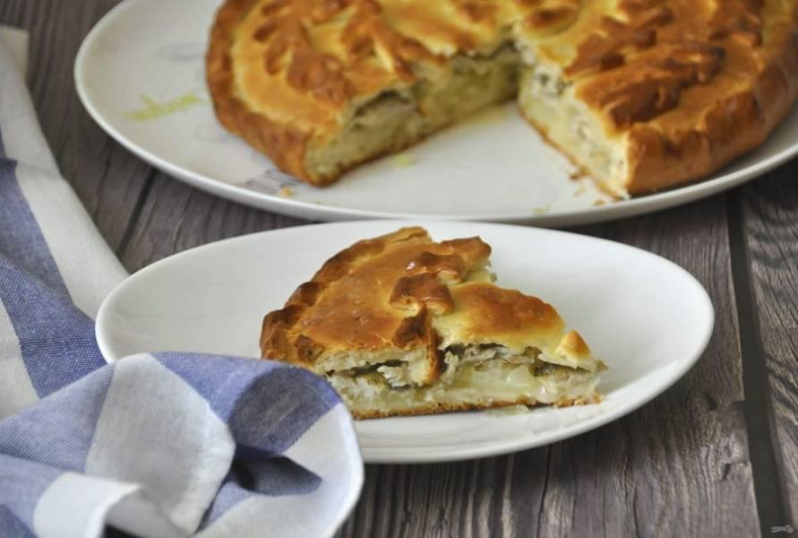 Пирог получается очень вкусным и сытным. Приятного аппетита!