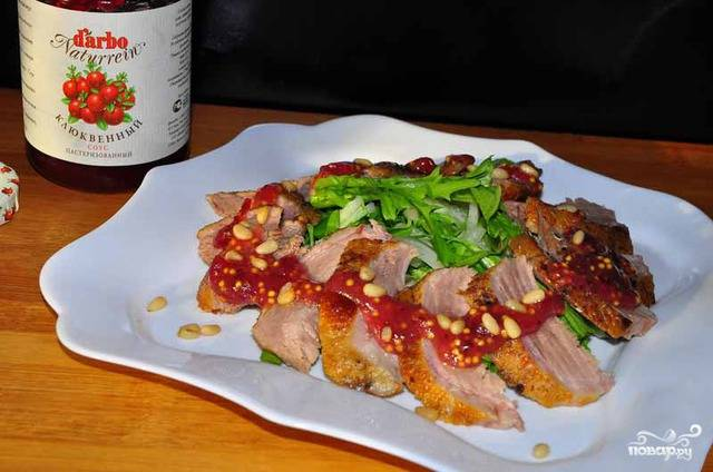 Салат с утиной грудкой по-китайски