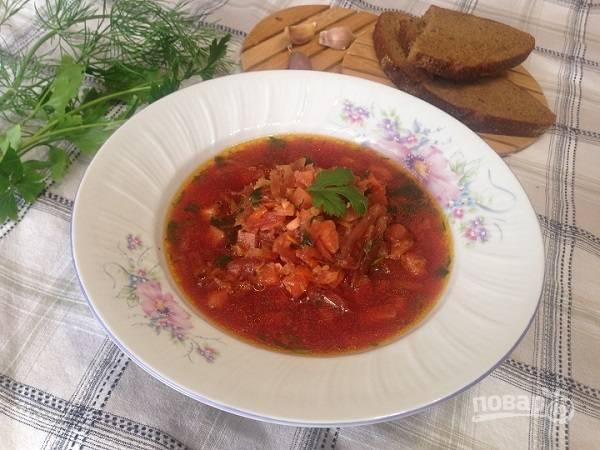 10. Тем, кто не постится, можно подать суп со сметаной. Приятного аппетита!
