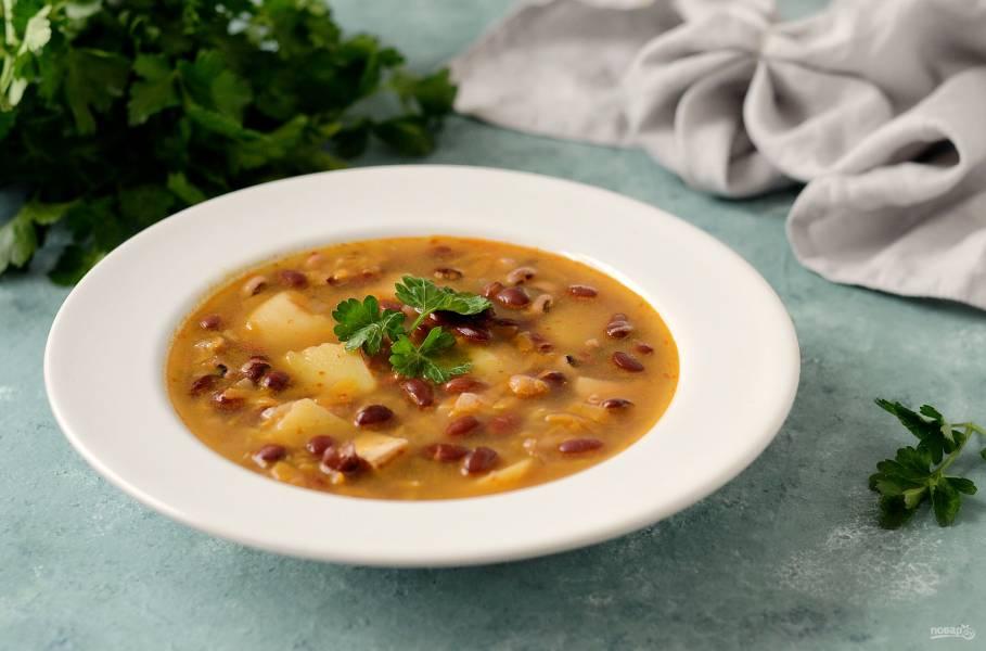 Постный суп из бобов