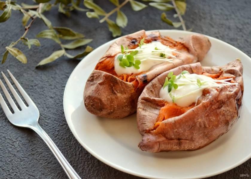 Батат в духовке готов, приятного аппетита!