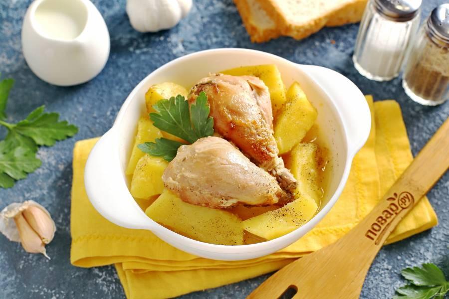 Картошка с курицей в молоке в духовке
