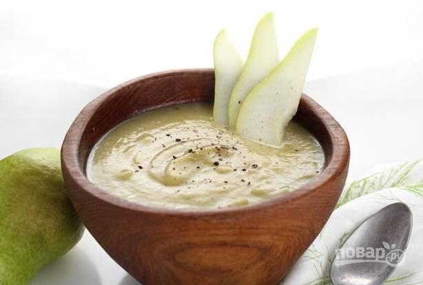5.  Подавайте суп с грушей и пореем горячим.  Приятного аппетита!