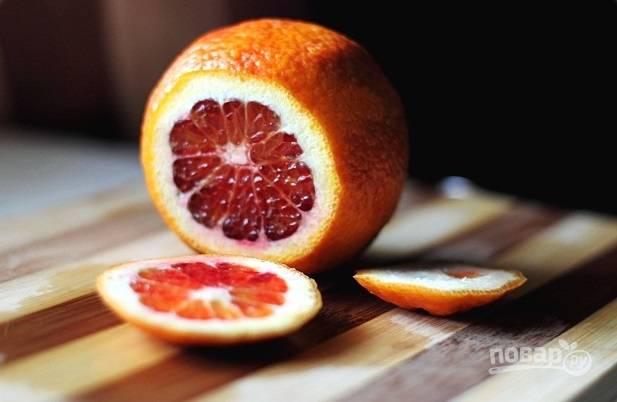 1. Апельсины вымойте и обсушите.