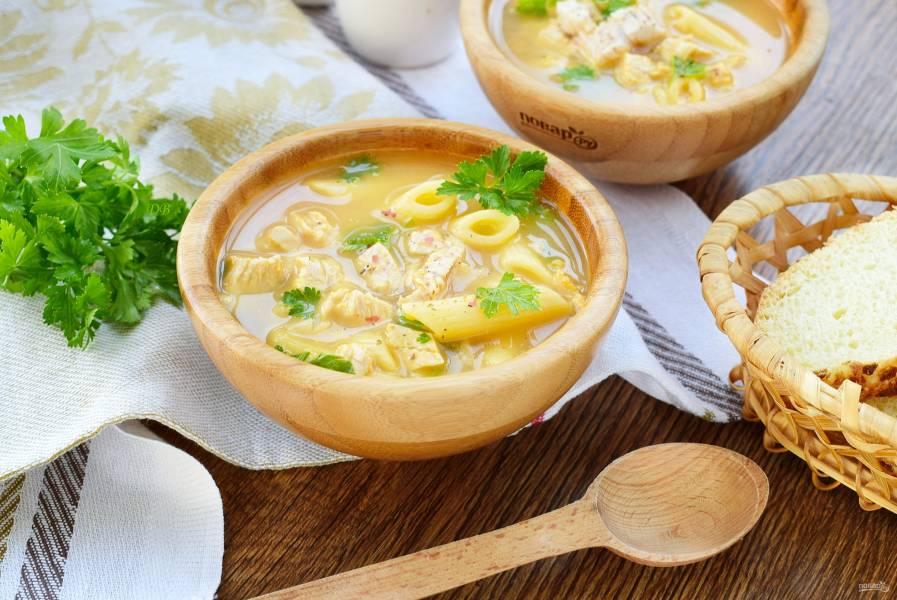 Куриный суп-пюре с макаронами