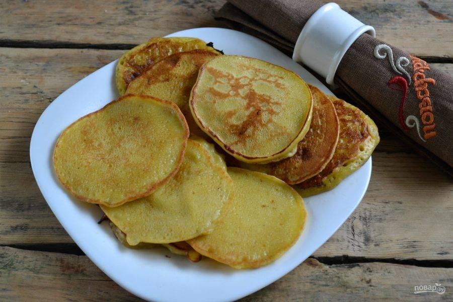 7. Банановые оладьи готовы.