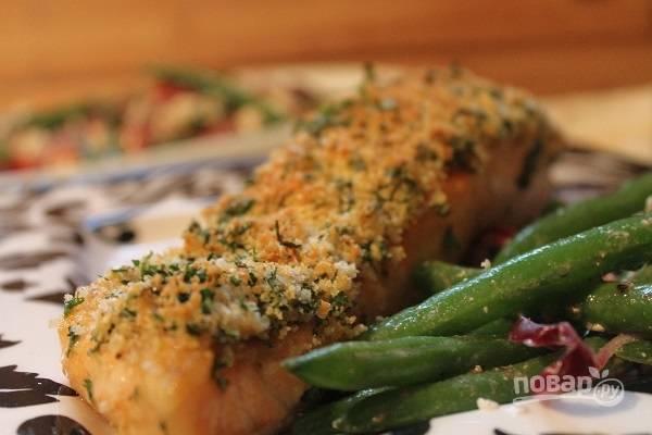 8. Вот такая красота! Рыбка не пересушена, а корочка просто фантастическая. Подавайте к столу с овощами, гарниром или соусом по вкусу. Приятного аппетита!