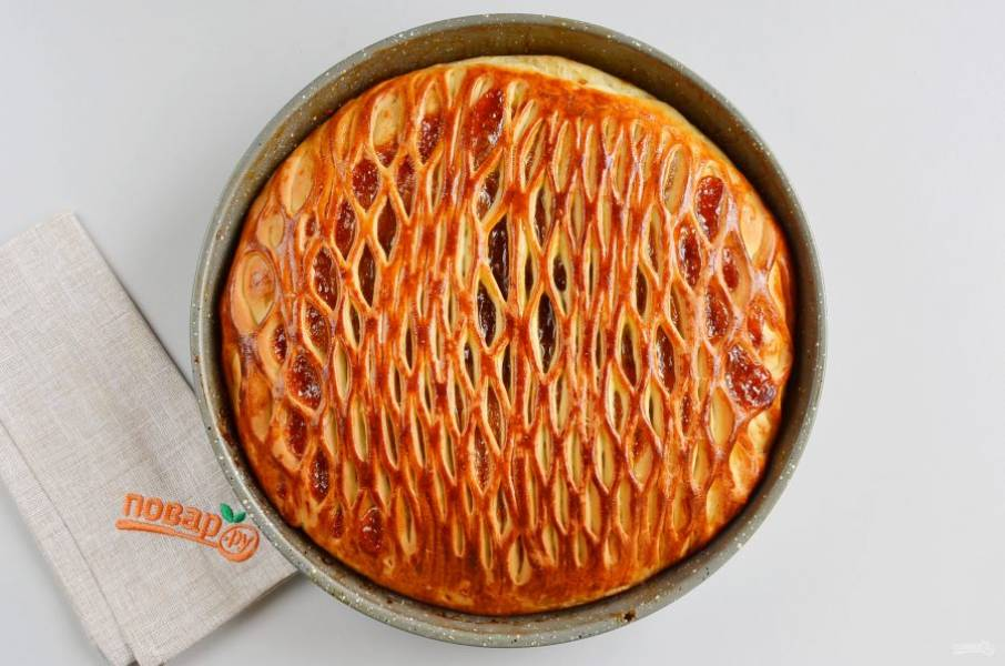 Пирог готов! Дайте ему полностью остыть.