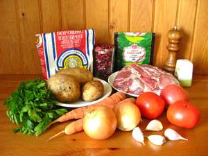 1. Подготовим все ингредиенты. Овощи лучше заранее помыть и почистить.
