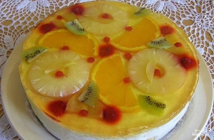 Творожный торт с желе и фруктами