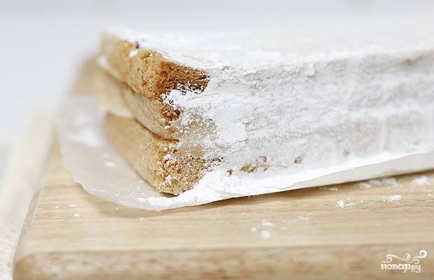 10. Вот и весь секрет, как приготовить белевскую пастилу. Присыпьте ее сахарной пудрой перед непосредственной подачей для более аппетитного вида.
