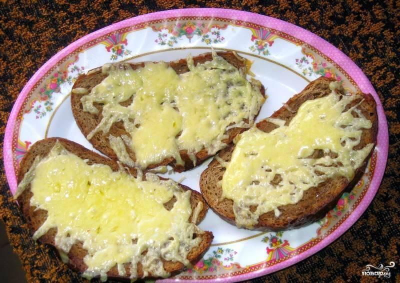 Горячие бутерброды с сыром в духовке