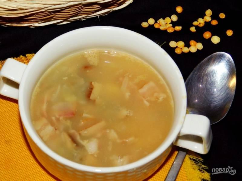 Гороховый суп с грибами и беконом