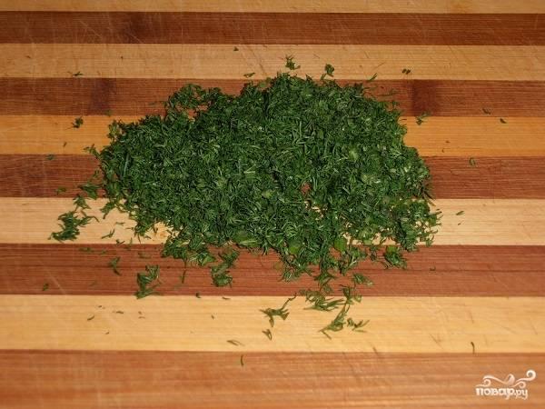 11. Вымойте, обсушите и измельчите зелень.