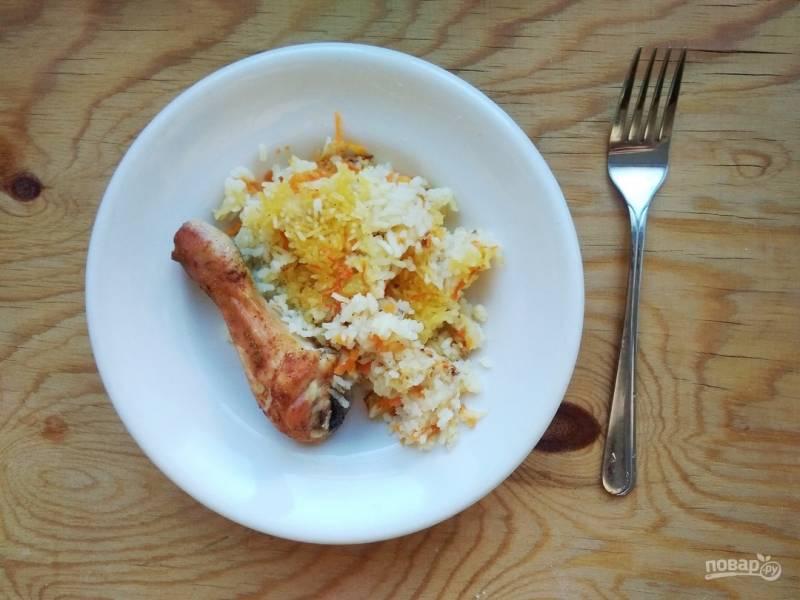 Куриные голени с рисом в духовке