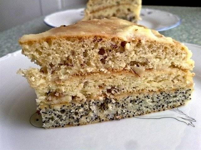 Пирог выпекайте при 180 градусах около 40 минут. Готовый пирог охладить.