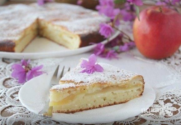 Пирог с творогом и сметаной