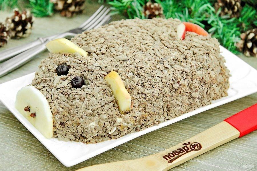 Салат на Новый год Кабана готов. Приятного аппетита!