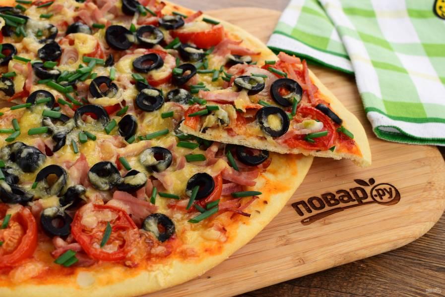 """Пицца """"Домашняя"""" с колбасой"""