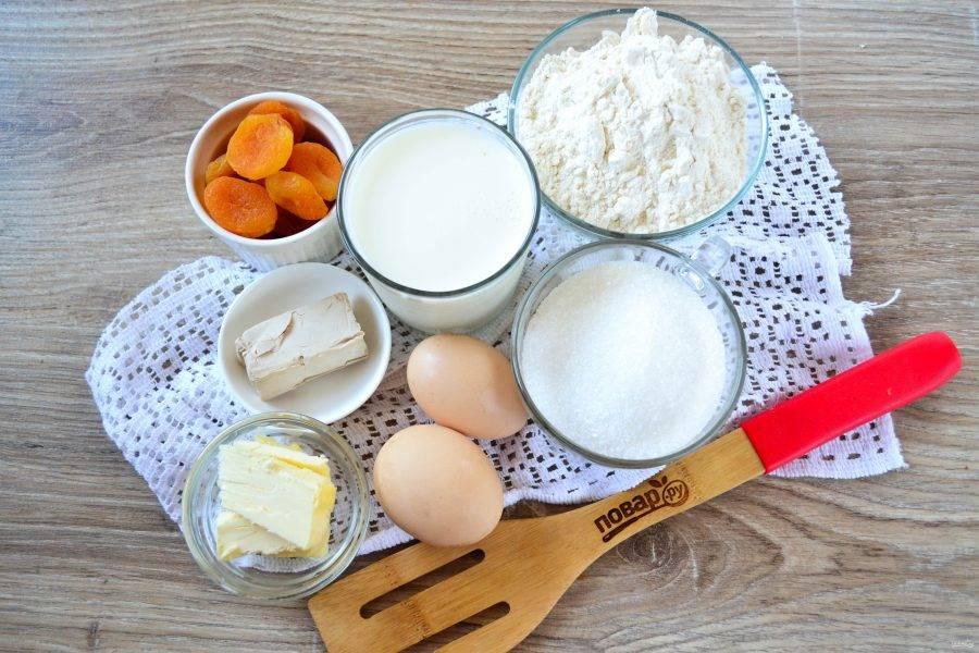 Подготовьте все необходимые ингредиенты. Все продукты должны быть одинаковой, комнатной температуры.
