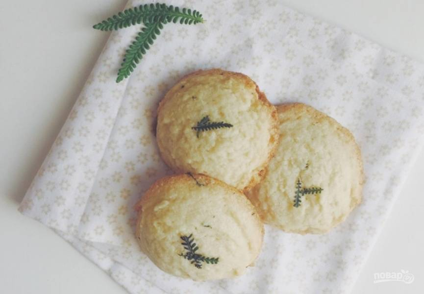 Миндальное печенье с лавандой