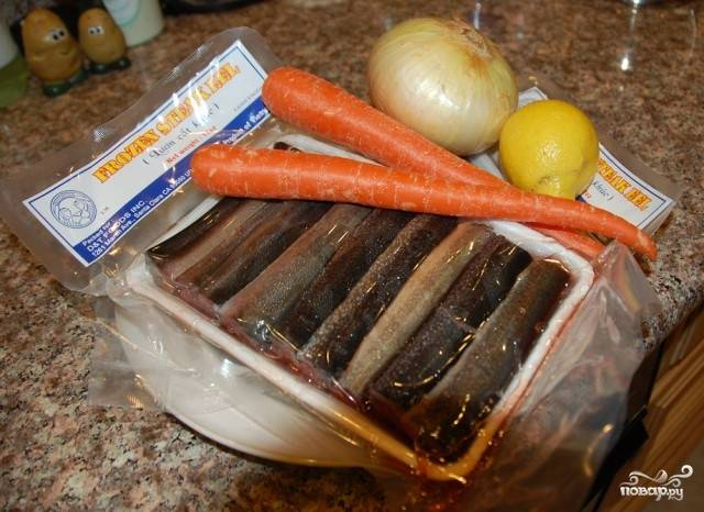 Приготовим продукты, которые нам понадобятся. Если угорь был куплен замороженным - разморозьте.