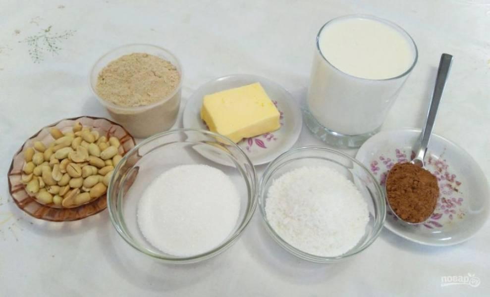 Подготовьте все ингредиенты, входящие в состав домашних конфет из овсяного толокна.