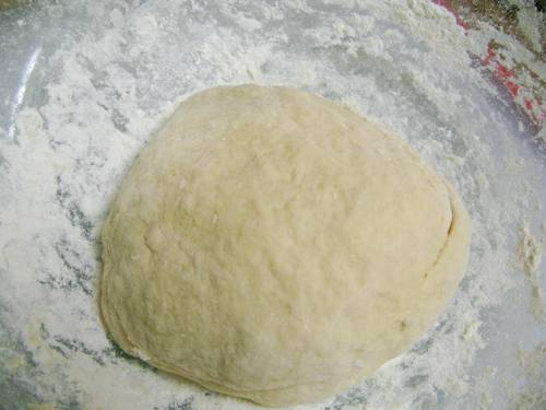 Быстрое тесто на кефире готово!