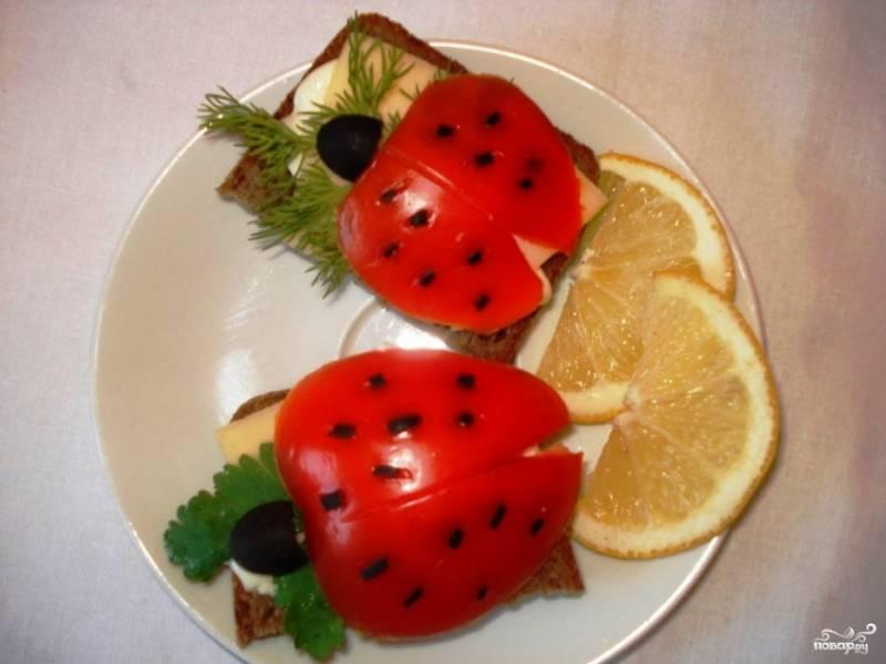 """Бутерброды """"Божья коровка"""""""