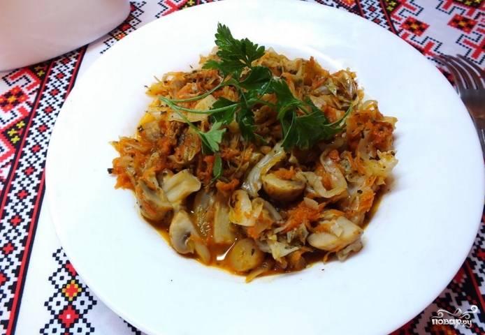 Блюдо подавайте горячим со свежей зеленью. Приятного аппетита!