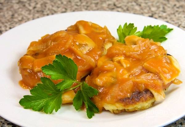 Томатный соус с грибами