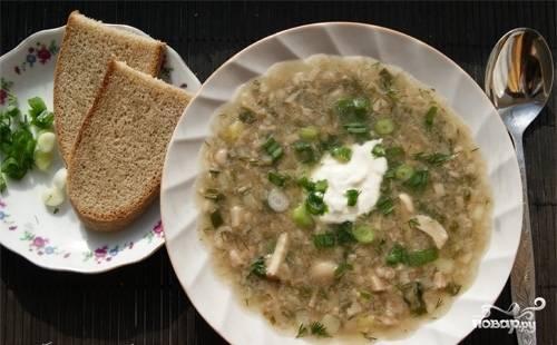 8. Груздянка готова! Оставьте ее на плите на 5-7 мин., чтобы она настоялась. При подаче на стол можно посыпать суп зеленью и добавить сметаны.