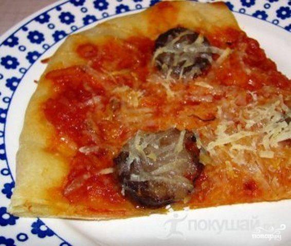 Пицца с рогаликами и колбасой