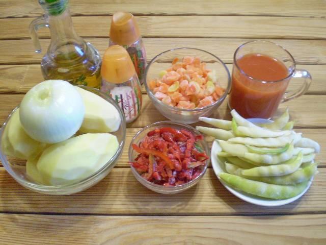 1. Приготовьте продукты. Часть продуктов у меня замороженная, их размораживать не нужно.