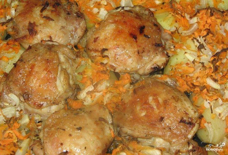 Бедра куриные в духовке с картошкой