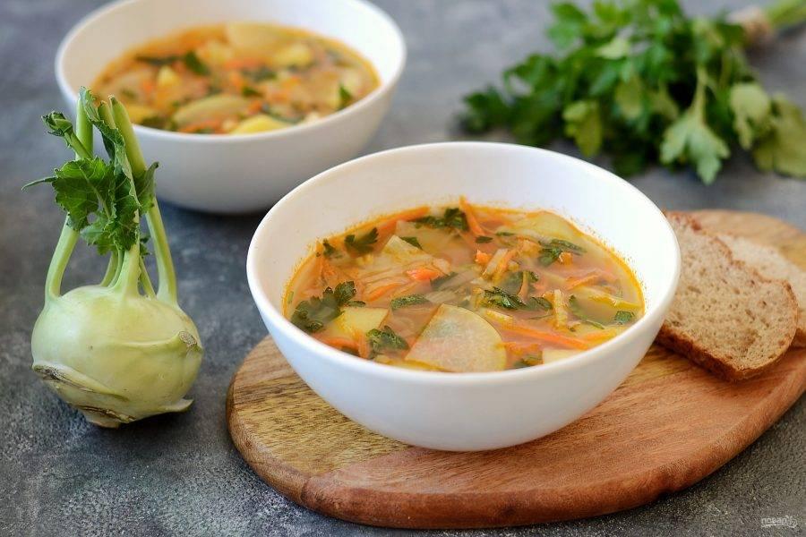 Суп с кольраби готов, приятного аппетита!