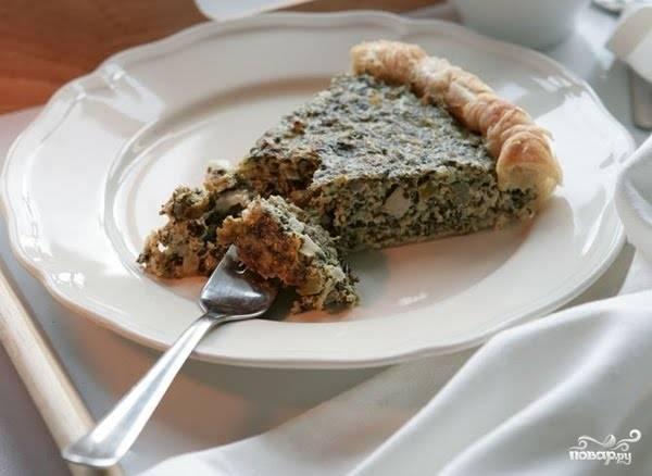 Запекайте пирог в течение 35 минут. Приятного аппетита!