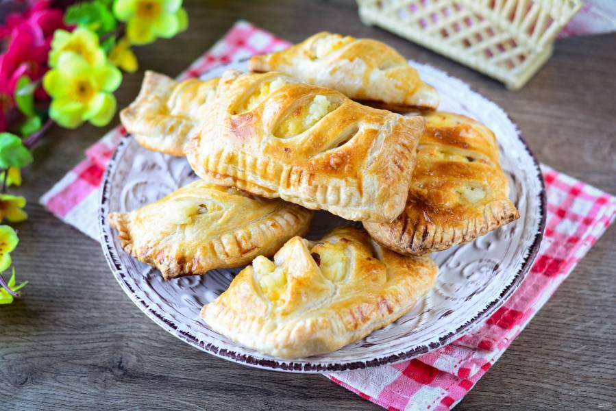 Пирожки с творогом в духовке