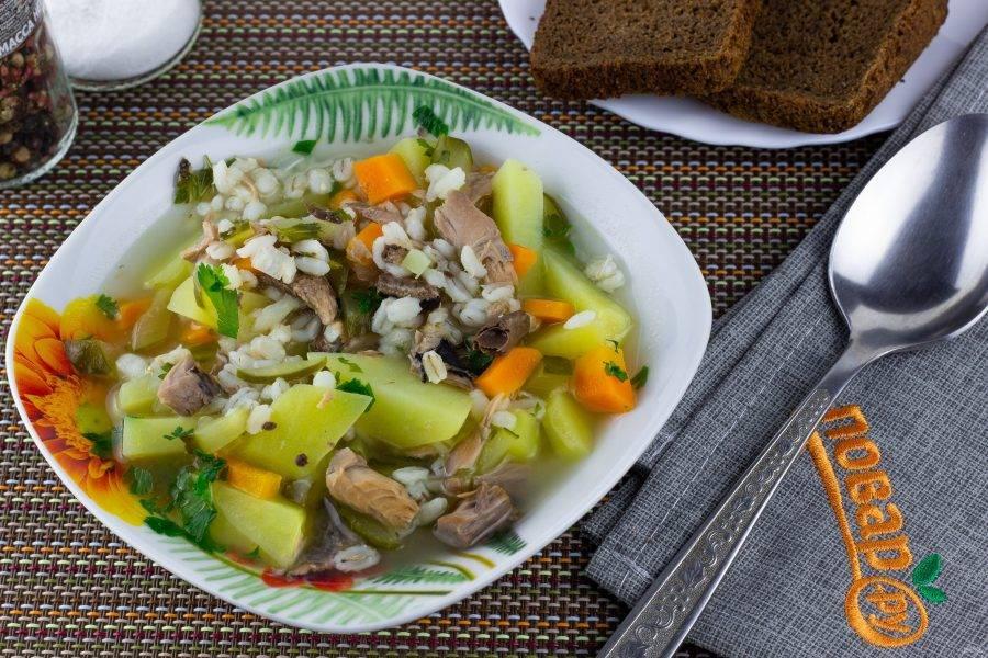 Подавайте суп со свежим черным хлебом! Приятного аппетита!