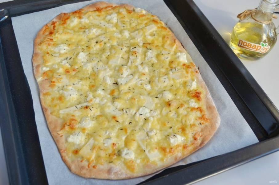 """8. Пицца """"Четыре сыра"""" готова! Угощайтесь, пока горячая!"""