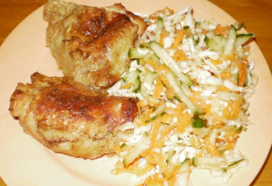 На гарнир можно подать картофель, макароны, гречку или салат из свежих овощей. Приятного аппетита!