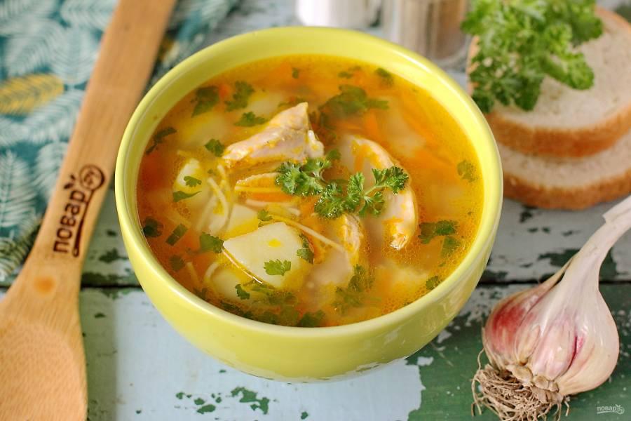 Куриный суп с чесноком